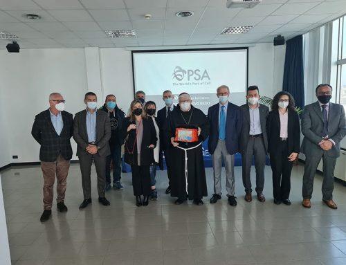 Visita dell'Arcivescovo Padre Tasca al PSA di Genova Prà